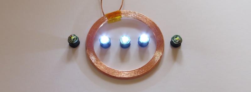秋月電子通商で購入したワイヤレスLED