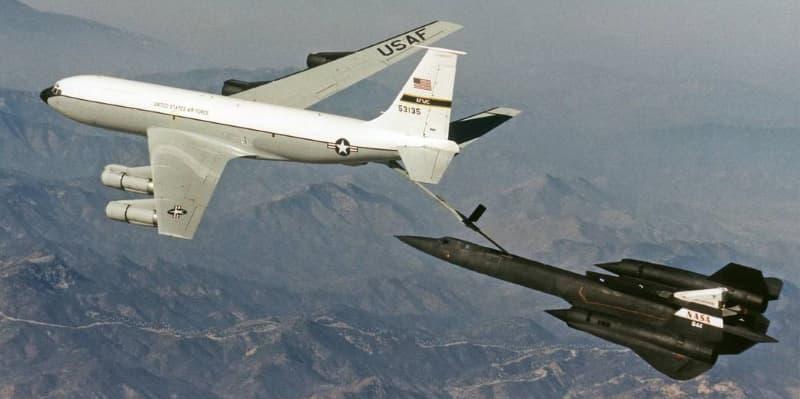 SR-71とKC-135による空中給油