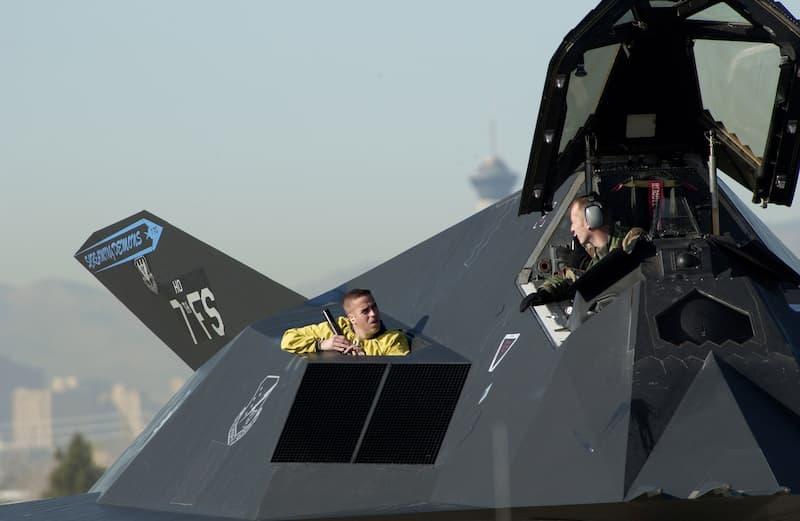 F-117:Nighthawk talk