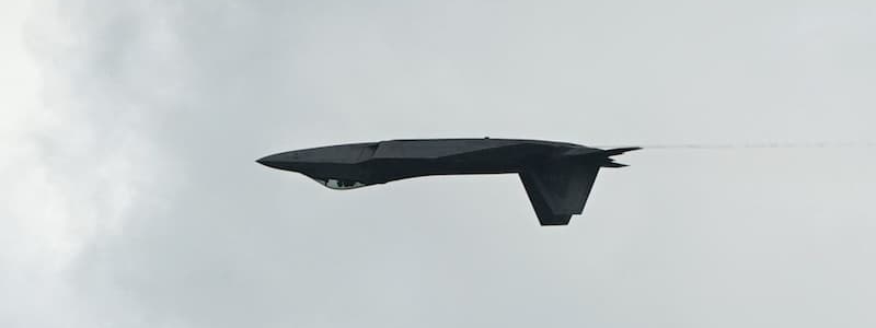 F-22 Raptor Demonstration Team pilot performs during the Singapore Airshow 2020
