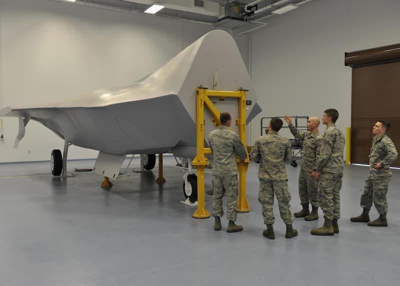 F-22 Raptor fuels system trainer