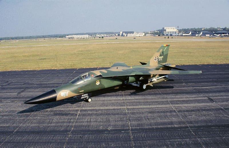 F-111:General Dynamics F-111F Aardvark
