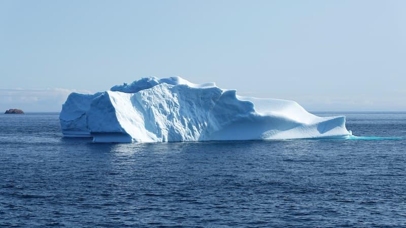 氷山の一例